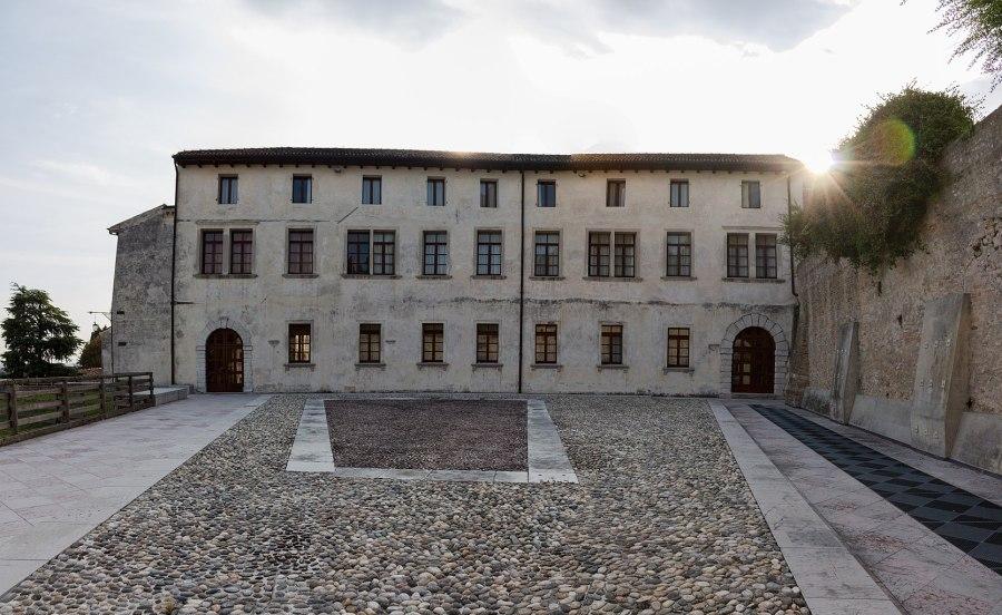 Vista_sull'esterno_del_Convento_di_San_Francesco_a_Conegliano